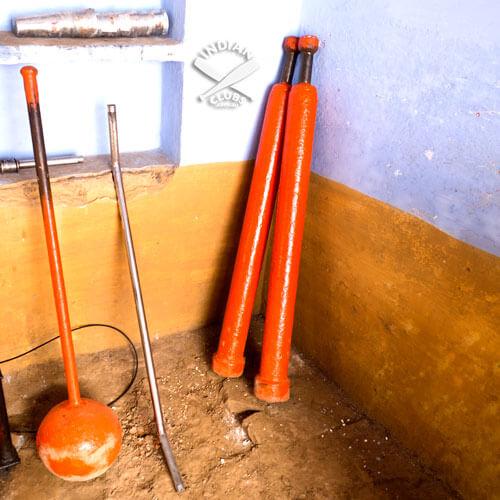 Orange-Jori-in-the-corner