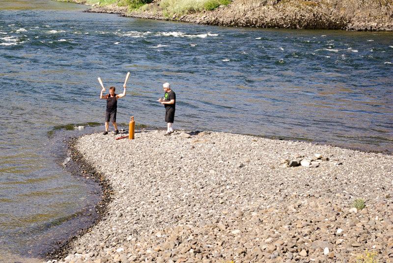 Mike Romiski and Paul Taras Wolkowinski river
