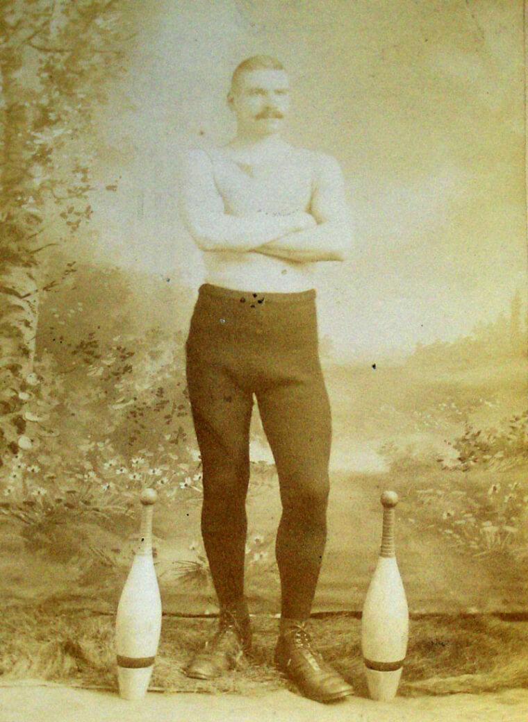 Homer W Crawford Endurance Club Swinger 1